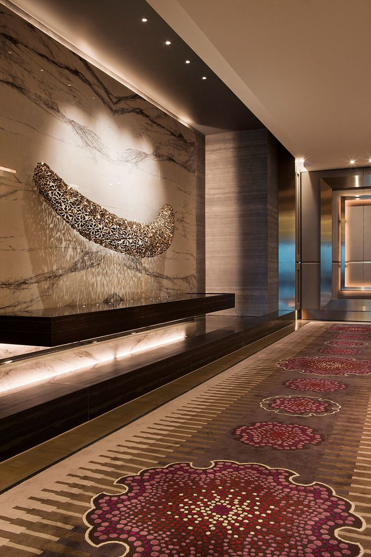 Crown towers level 39 bates smart hotel lobby for Hotel foyer decor