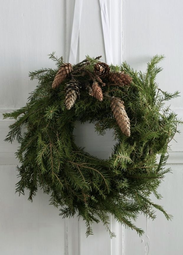 pine cones on wreath
