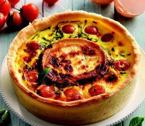 Torta salata con formaggio di capra e pomodorini