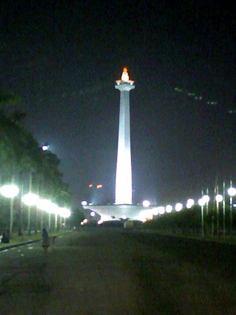 Tugu Monas - Jakarta by sbudiman, via Flickr