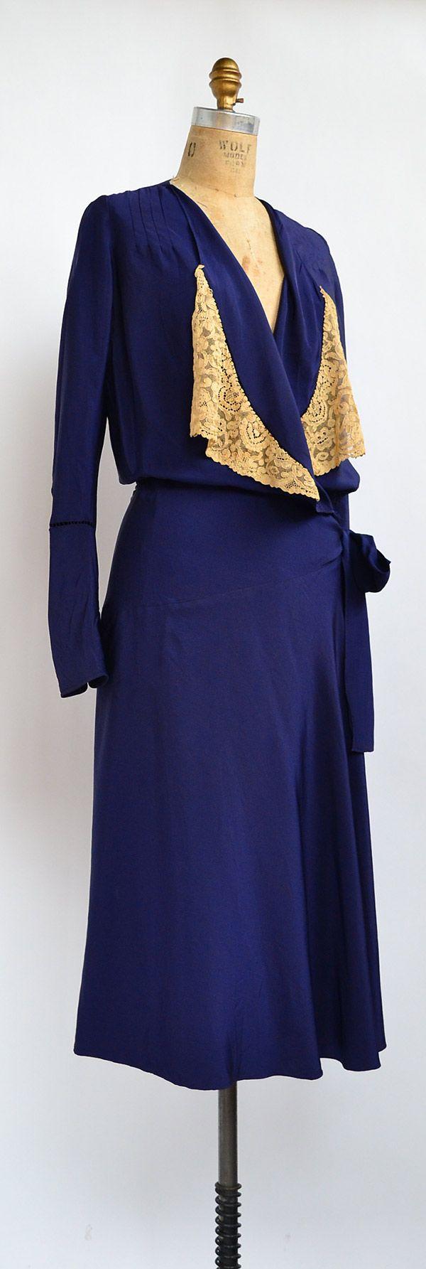 ★ vintage 1930s dress   By Twilight Dress   www.adoredvintage.com