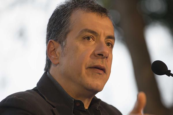 """Stavros Theodorakis: """"Yes to the privatization of Greek regional airports"""""""