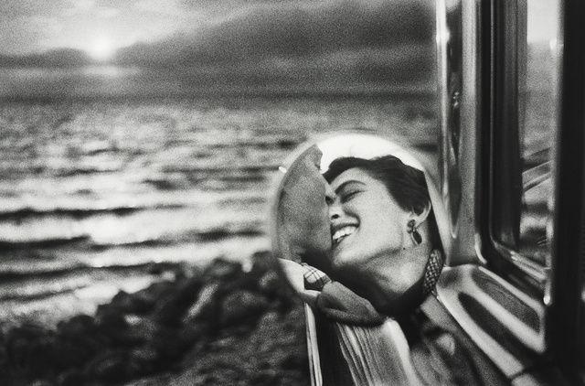 Elliott Erwitt | California (1955) | Available for Sale | Artsy