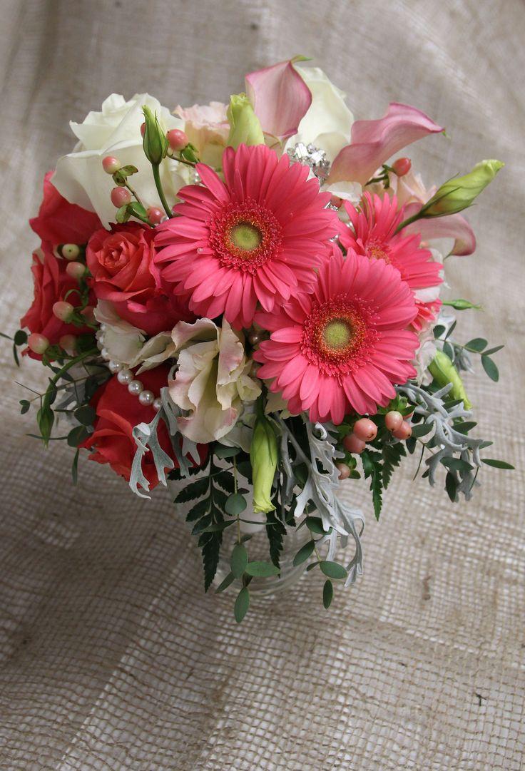 30 best fresh florals from genrichs florist and garden center brides bouquet izmirmasajfo