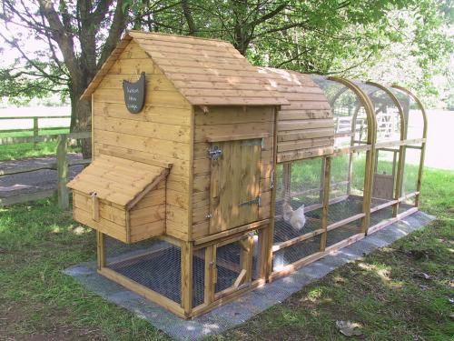 Dog proof chicken tractor i am going to make one for Fancy chicken coops