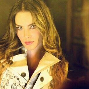 Belinda cantante Mexicana.Princesa Belinda, Belinda Cantantes, Belinda Peregrine