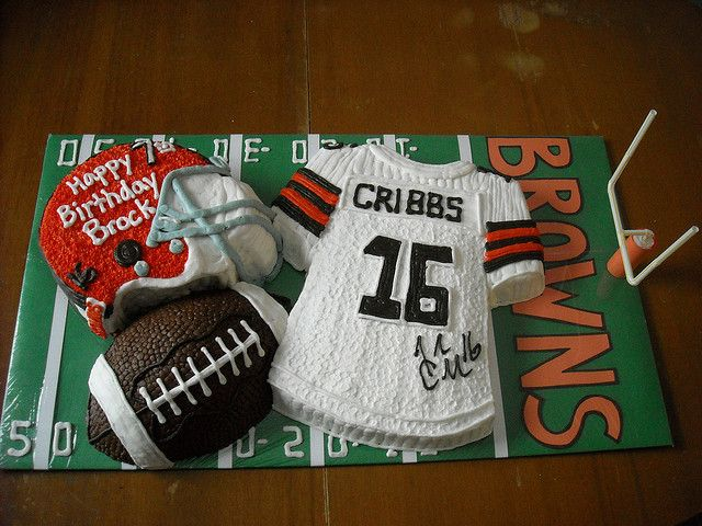 Cleveland Browns cake