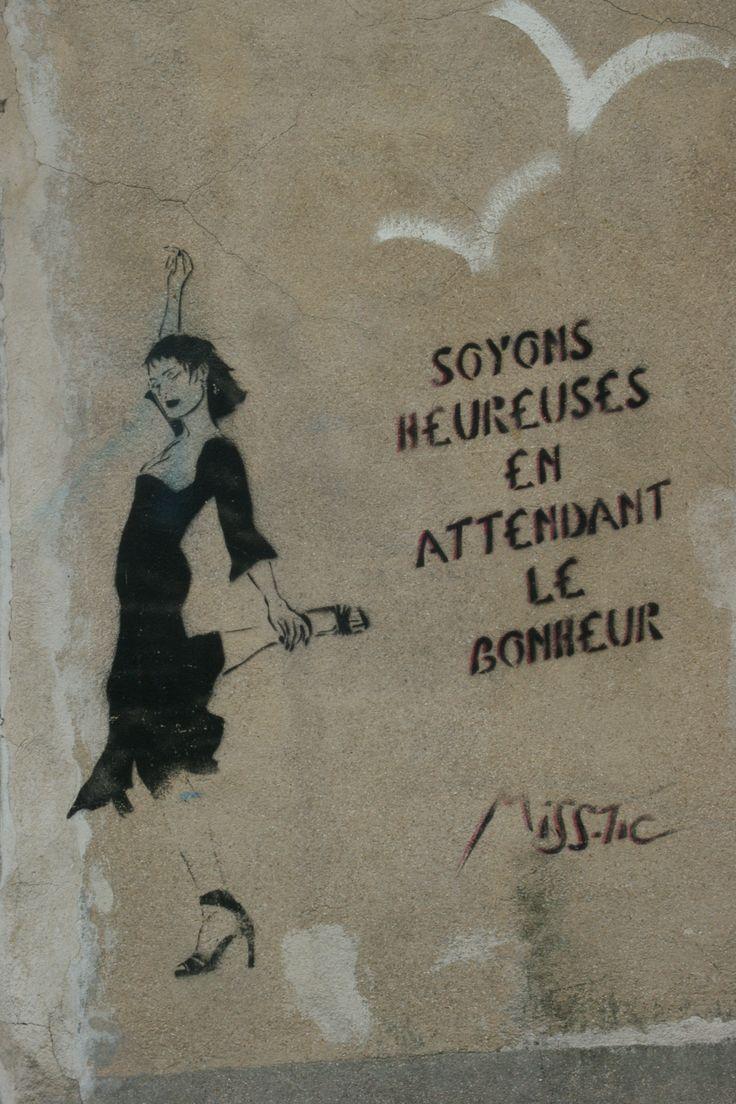 happiness Miss.tic in paris // street art