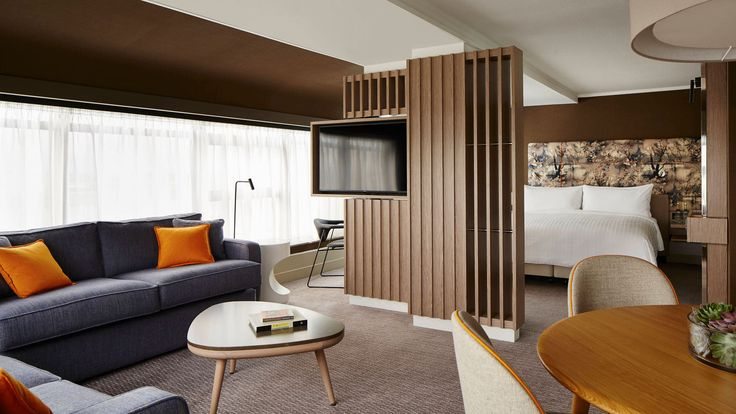 The London Marriott Hotel Regents Park features stylish family accommodation with balconies and a prime location near Baker Street in North West London.