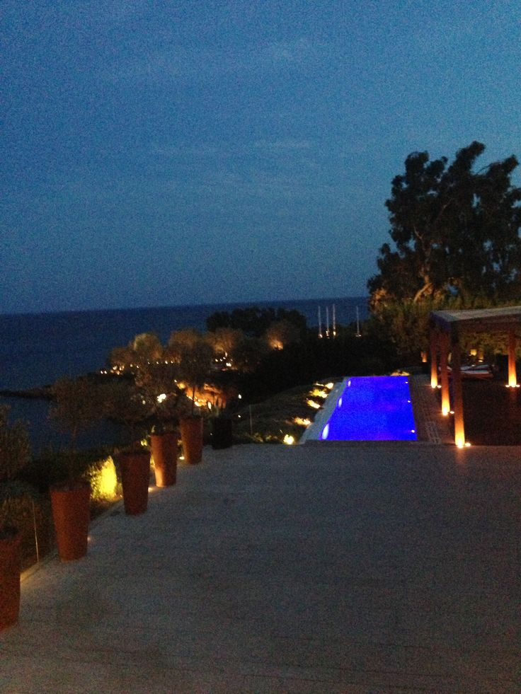 Piscine nuit Private Housse Island Varkiza Athènes