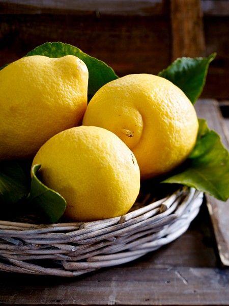 Schutz vor Herz-Kreislauf-Erkrankungen  Die Zitronensaft-Olivenöl-Kur wirkt sich positiv auf den Blutfluss aus und verbessert die Funktion des Herzens. Dadurch sinkt das Risiko, an ersthaften Erkrankungen wie Herzinfarkt, Hirnschlag oder Arteriosklerose zu erkranken.