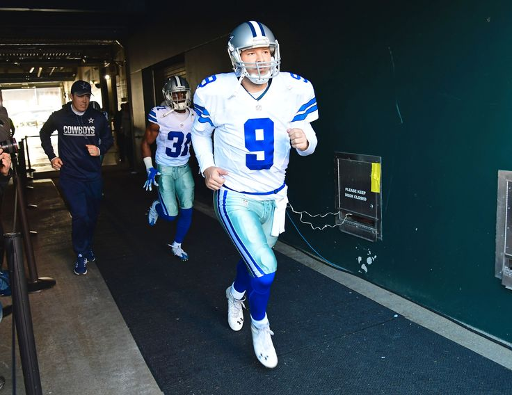 When you think of Tony Romo, what's the first thing that immediately comes to mind?  For me, it's this moment from the 2007 Wild Card playoffs in a stunning loss against the Seattle Seahawks, in which Romo botched a 19-yard field goal snap with just over a minute to go and got...  http://usa.swengen.com/romo-is-one-of-the-most-under-appreciated-qbs/