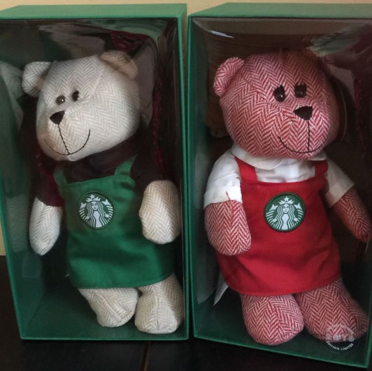 Set Of 2 2016 Starbucks Limited Edition, Collectible, Bearista Bears. One of the Bearistas is wearing a green Starbucks apron and the other Bearista is wearing a red Starbucks apron. Wonderful gift. | eBay!