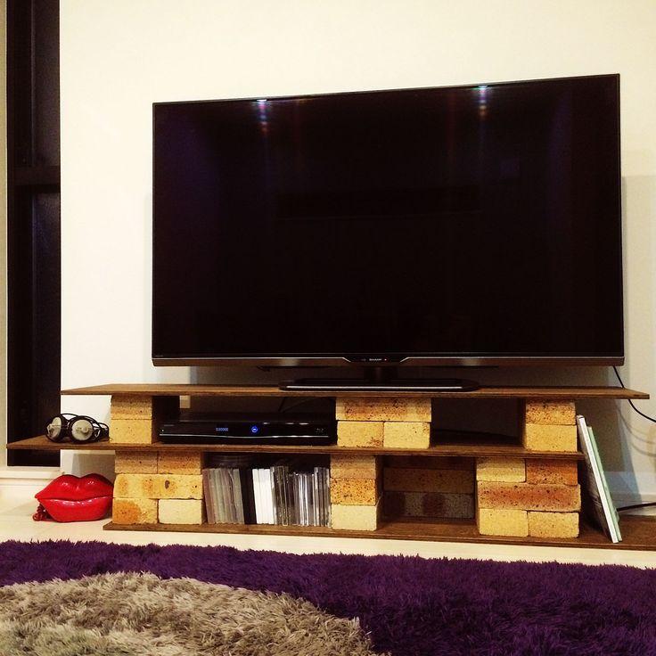 DIY/レンガ…などのインテリア実例 - 2015-11-02 02:12:14 | RoomClip ... のDIY/レンガ/TV台DIY/TV台/Loungeについてのインテリア