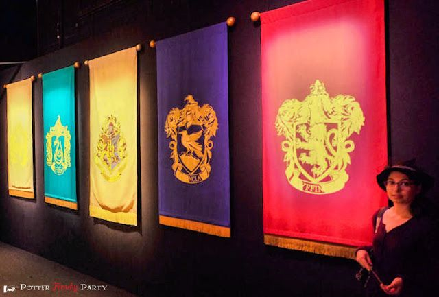Hogwarts House Banners from the London Exhibition Frenchy Potter Party - A party at Harry Potter