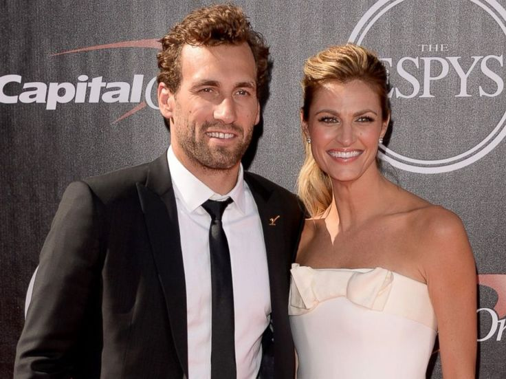 Erin Andrews Chokes Up Talking About How Stalker Video Affects Her ...