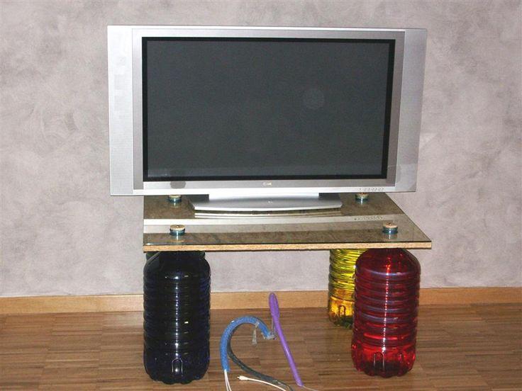 22 best mobili recuperati images on pinterest for Costruire porta tv