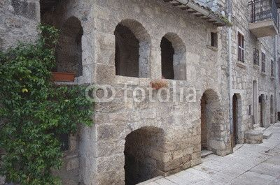 Castel Trosino, view over the ancient little stone building, house of Re Manfrì