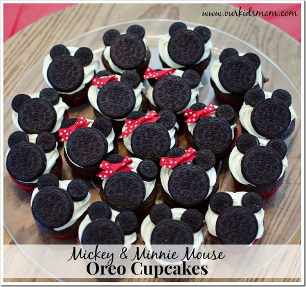 Mickey Mouse and Minnie Mouse Oreo Cupcakes by nextpageusa