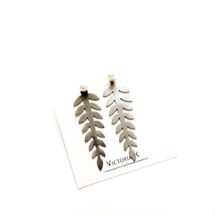 Silver drop earrings, Leaf jewelry, Black leaf earrings, Bridal Black Earrings, Silver and black earrings, Goth earrings by VictoriaKdesigns on Etsy