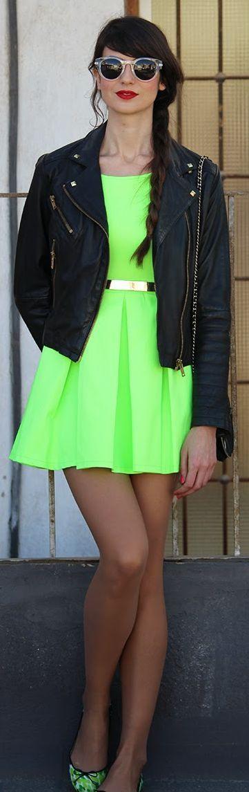 Sheinside Neon Green Open Back Ruffle Dress by Angeles y Diablillos
