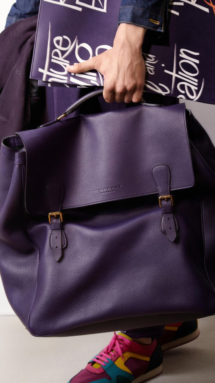 The Travel Satchel in Grainy Leather   Burberry