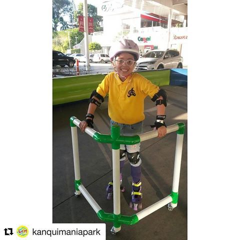 Resultado de imagen para patinar con andador aprender niños