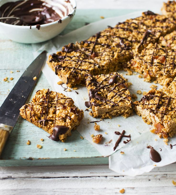 Apricot and chocolate flapjacks: easy and fun to bake - even with little helpers...