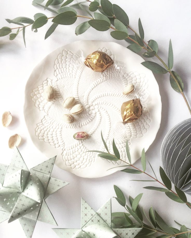 Pure Porcelain Lace Star Pattern Plate In Modern Christmas Styling // All  By Www.