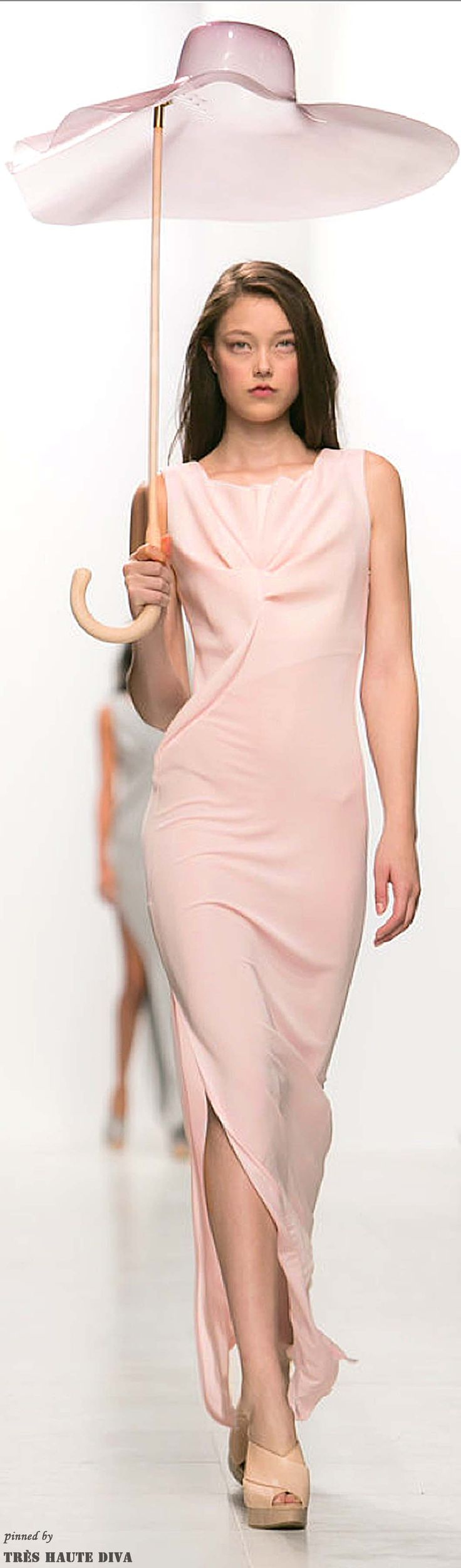 #Paris FW Chalayan Spring / Summer 2014 RTW  (Accessories Show)