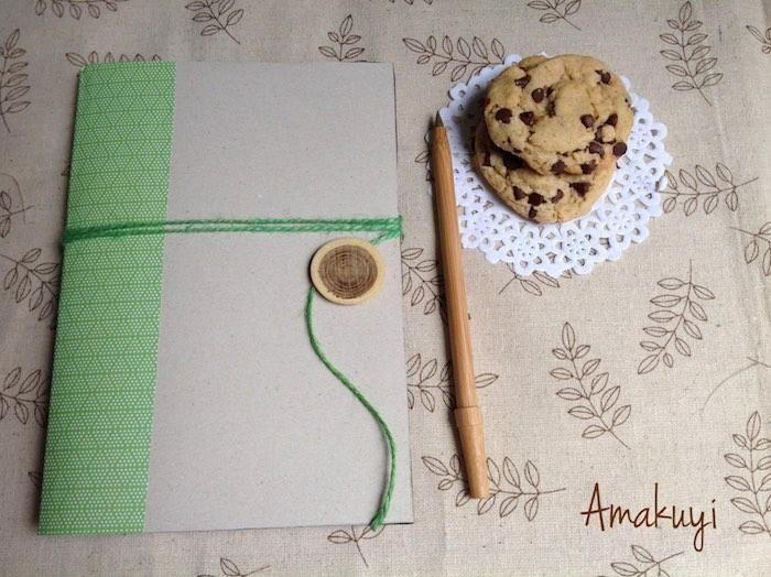 Cómo hacer una libreta con una caja de cereales