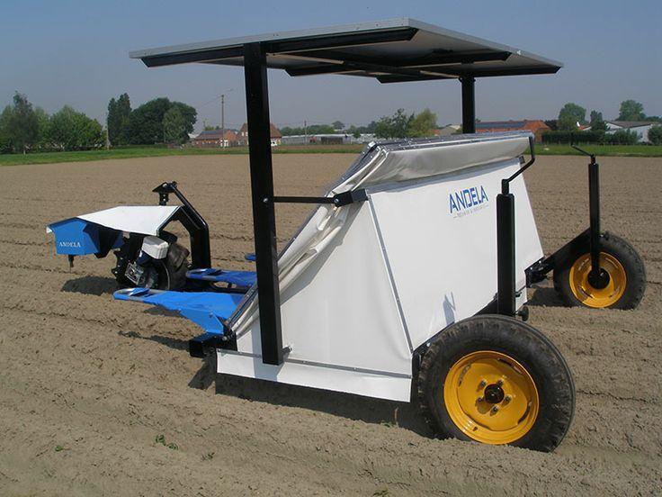 Andela Techniek & Innovatie ontwikkelde de Solar Weeder, een op zonne energie aangedreven wiedmachine voor de biologische landbouw. Inschrijving MKB Innovatie Top 100. #innotop #kvk