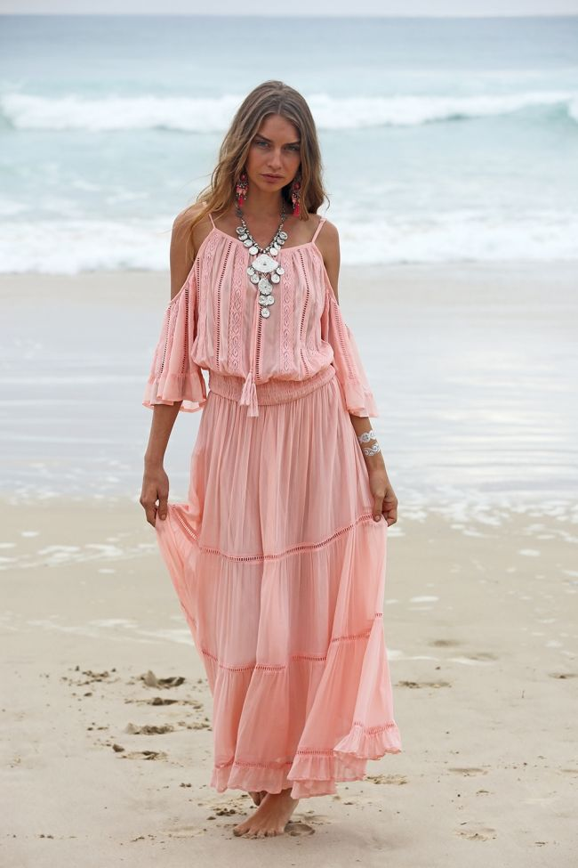 15 best images about robes hippie on pinterest boho style robes and mariage. Black Bedroom Furniture Sets. Home Design Ideas