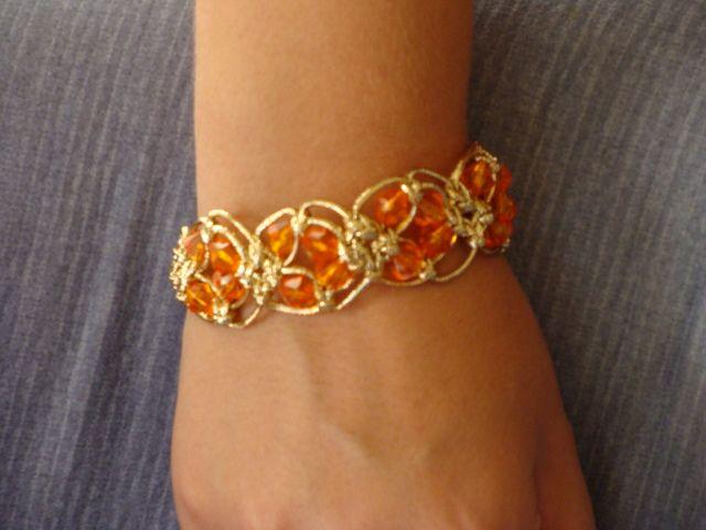 Brick-red bracelet