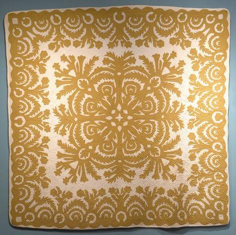 Ka'ohu o Halemano (The Mists of Halemano). Ella Victor, 20th century  Cotton, plain weave, applique