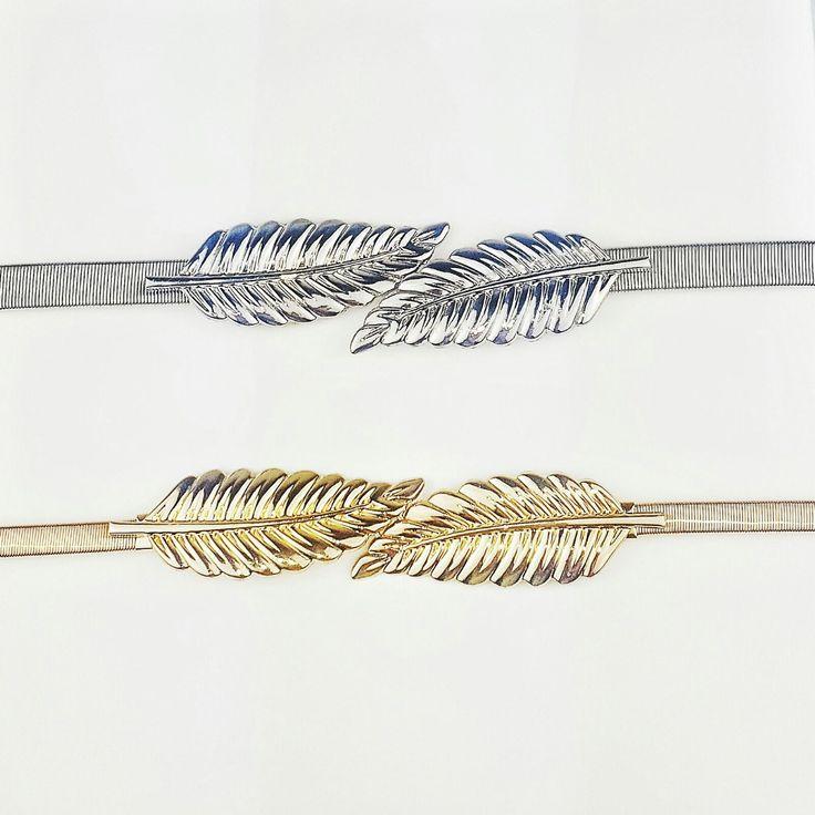 Cinturones metálicos con hebilla de pluma. Dorado o plateado