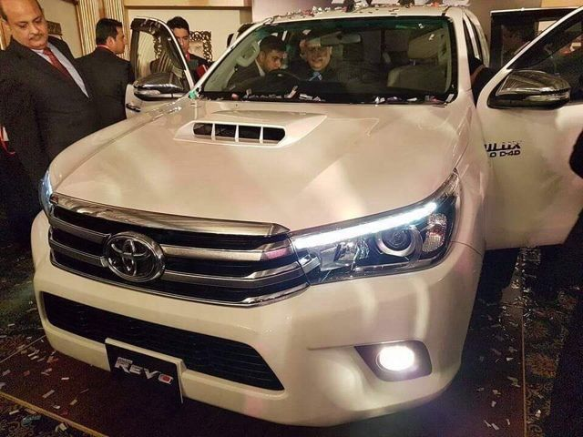 Toyota Hilux Revo Launched in Pakistan: Specs Features Price & Pics http://ift.tt/2dsCvuA
