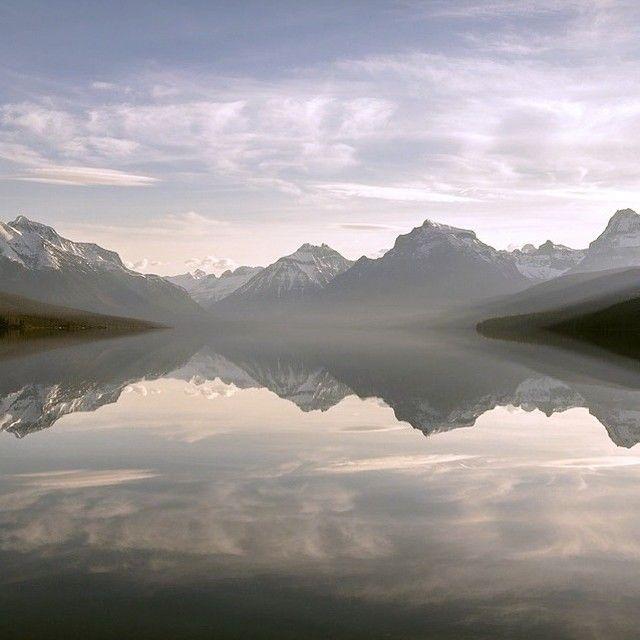 Les superbes #paysages qu'offre le lac McDonald au Montana! C'est magnifique :) #voyagevoyage #destination #montana #parc #lac #voyage #blogvoyage #instatravel #travel