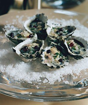 Start thinking about Valentine's Day: Oysters with Champagne-Vinegar Mignonette #recipe