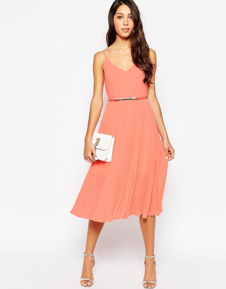 Quelle couleur mettre avec robe corail