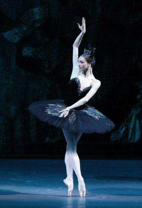 "<<Olga Smirnova in ""Swan Lake"" # Bolshoi Ballet>>"
