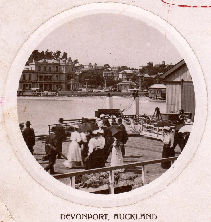 Devonport, Auckland dated 16th December 1909. Postcard by S. N. & Co., Auckland. Printed in England.