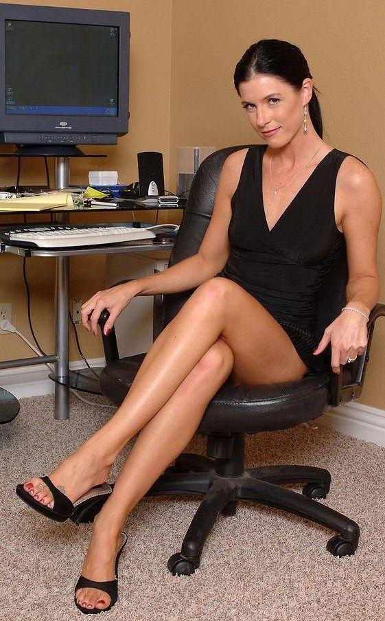 Pornstar feet Nude Photos 36