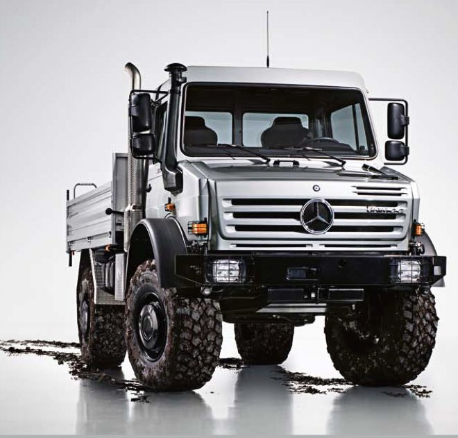 Mercedes Unimog - this what I drove for the supplies and mail run each week at Buchel, Germany.