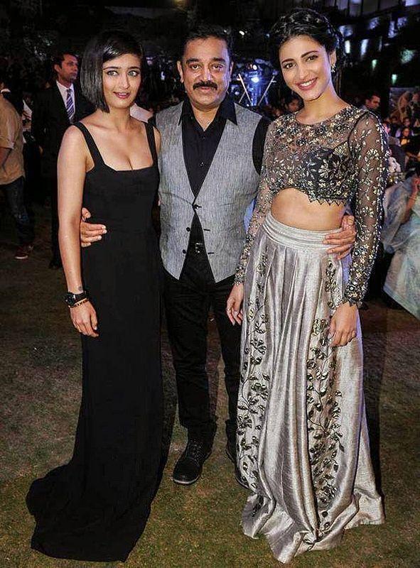 Kamal Hasan with daughters AKshara Hasan$Shruti Hasan