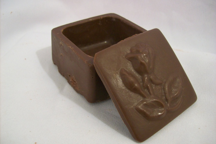 Rose Chocolate Box $2