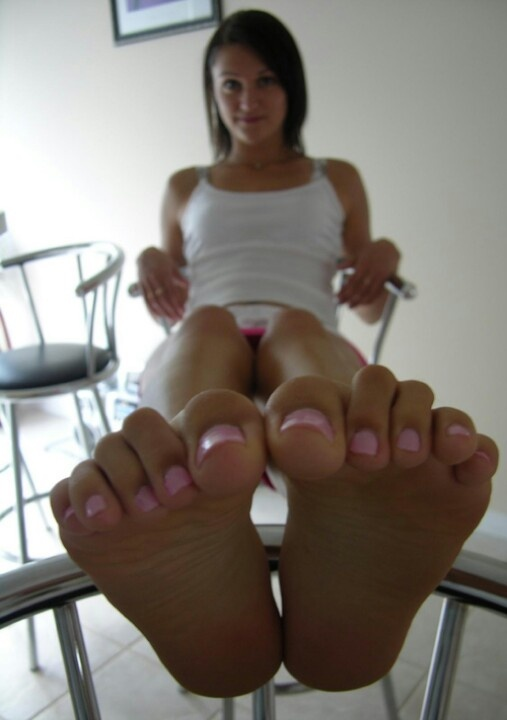 Dirty fetish foot free pic