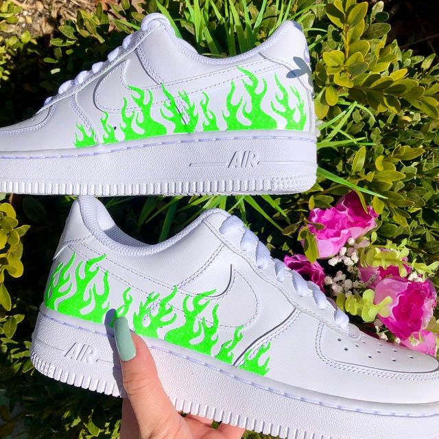 NEON GREEN FLAME AIR FORCE 1🍀🔥 THE CUSTOM MOVEMENT in