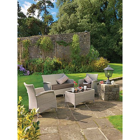 The KETTLER Lakena lounge set is ideal in the garden as well as the conservatory.