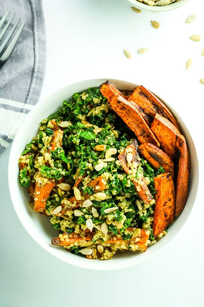 Sweet Potato Quinoa Kale Salad - BEST kale salad. I love the roasted sweet potatoes and the citrus miso dressing. I add this to meal prep and make for dinner all the time! Vegan. #ILoveSalads
